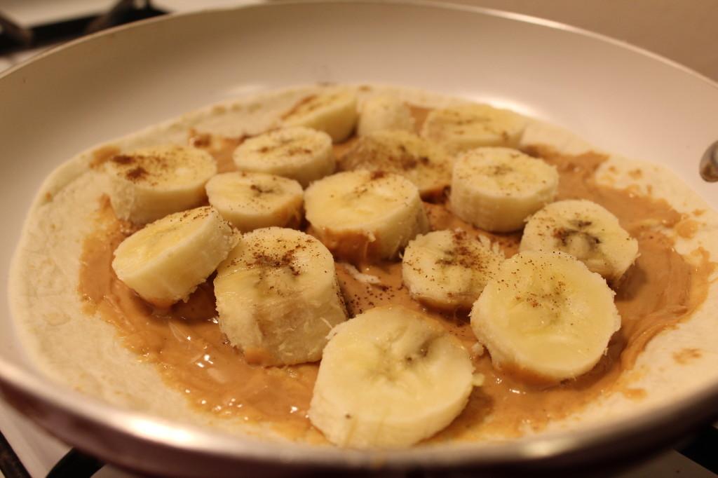 Bananas & Peanut butter Quesadilla - Foodwanderer